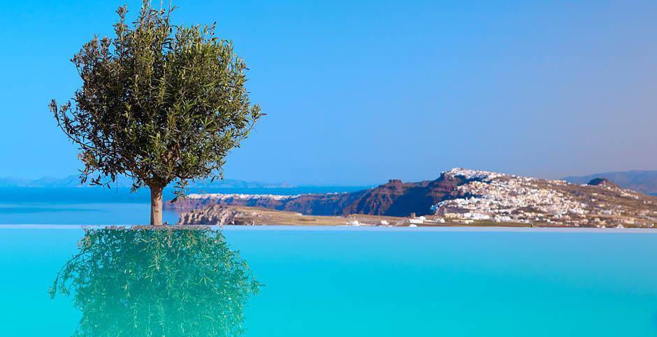 santorini greece hotel